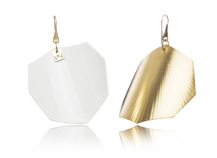 white-octagon-yellowgold